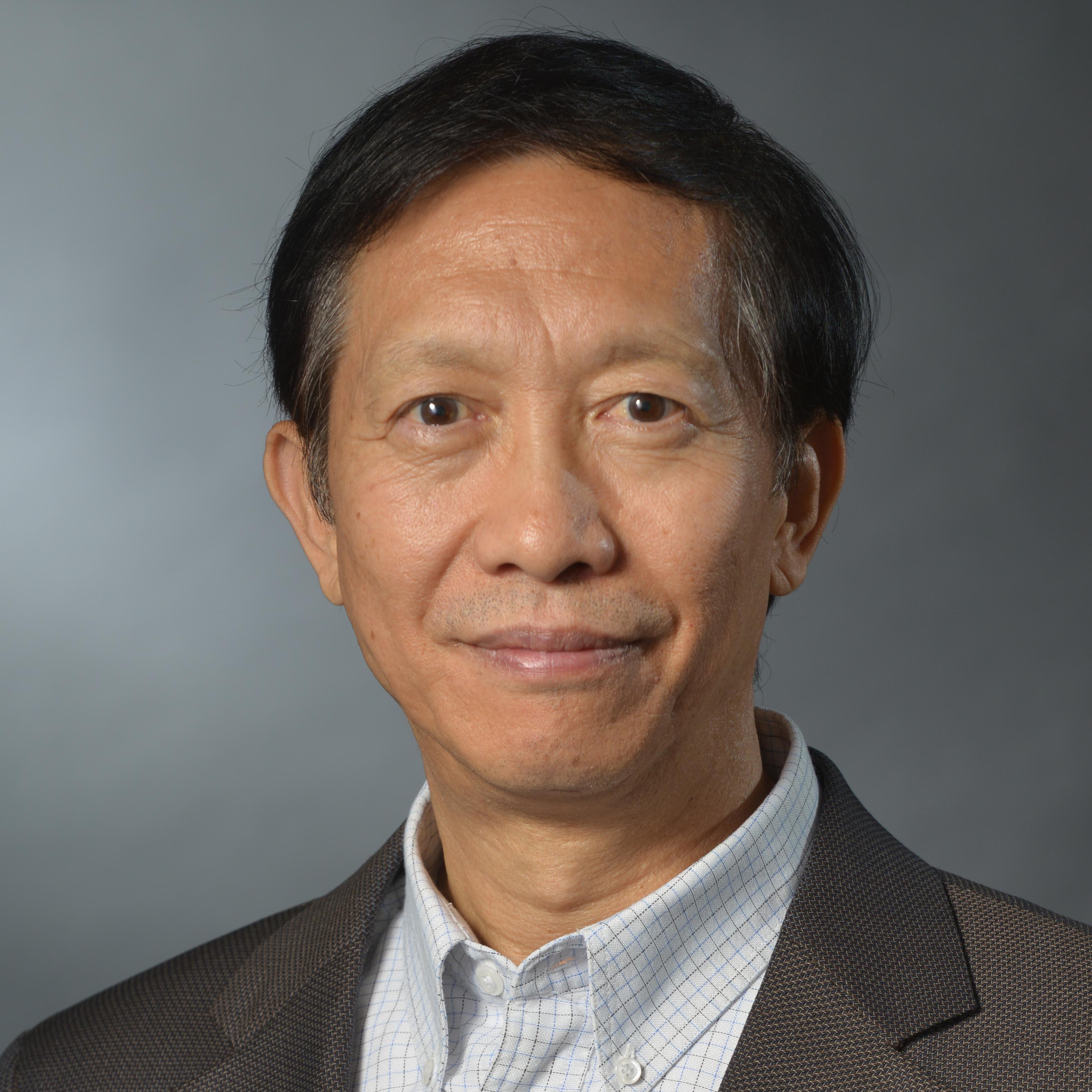 Chenggang Xu